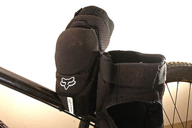 Proven: Fox Racing Launch Knee Pads