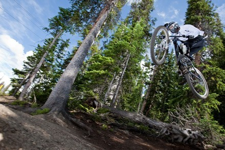 Giant Announces 2010 MTB Team Expansion