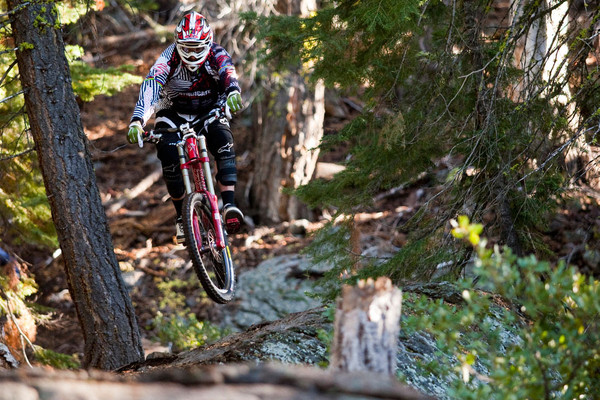 Learn from Greg Minnaar of the Santa Cruz Syndicate.  Photo by Sven Martin.