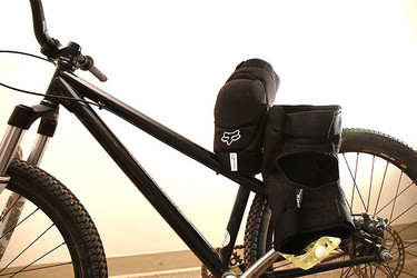 Proven Fox Racing Launch Knee Pads Mountain Bikes Feature Stories