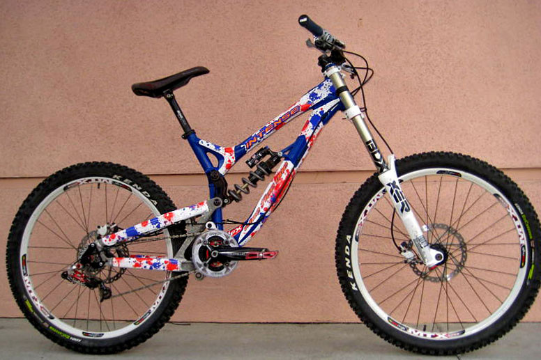 Custom graphics splat for intense 951 by hieroglyphfx mountain bikes feature stories vital mtb