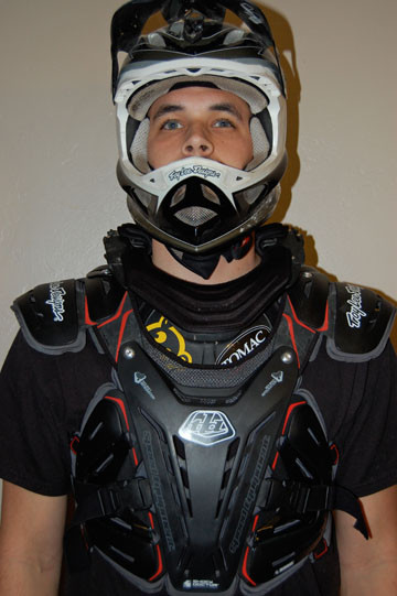 Troy Lee Designs Helmet >> Tested: TLD / Shock Doctor Chest Protector 5900 - Mountain ...