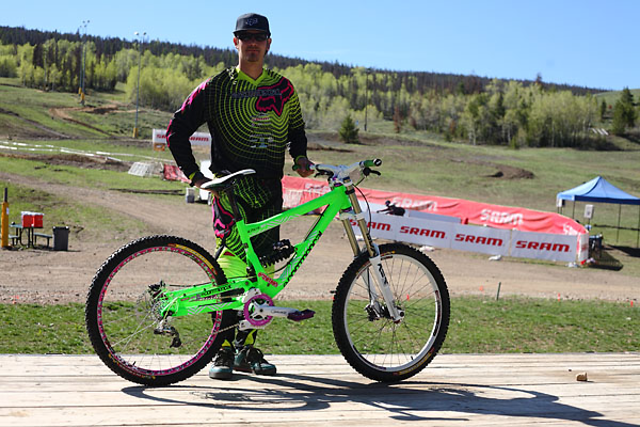 Mike Kreger's 2010 Commencal Supreme DH